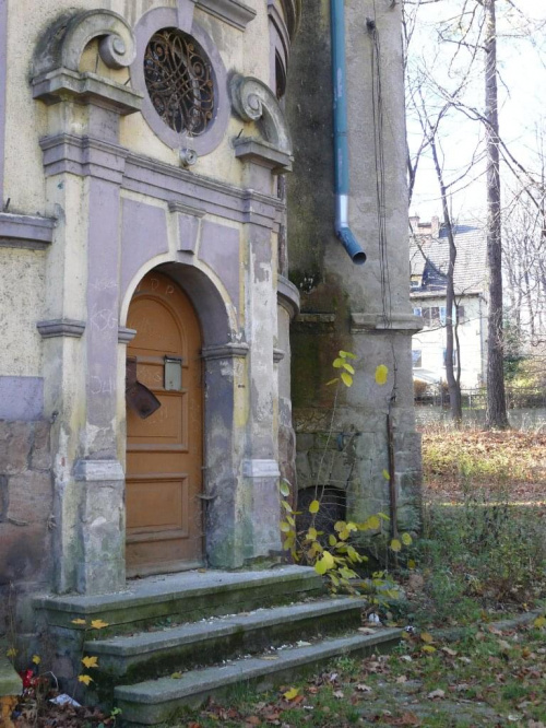dworki przy ul.Zamkowej - piękne, ale nieodrestaurowane i wstęp na ich teren jest...zabroniony :(