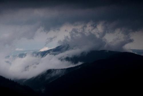 wid. z Rakonia na Javorine po ulewie - integracja wód #góry #Javorina #masyw #mountain #Rakoń #Tatry #Zachodnie
